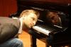 """Marcus Feuß - mit """"Ein Koffer, ein Klavier und ein kleiner Nelkenstrauß"""""""