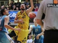 Knights vs Uni Baskets Paderborn 75:74_11