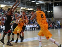 Knights vs Giessen 77:72